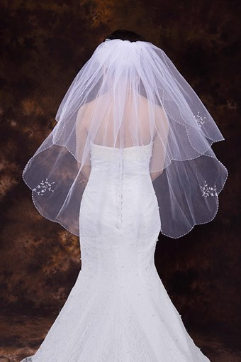 Fingertip Length Beading Edge Wedding Veil