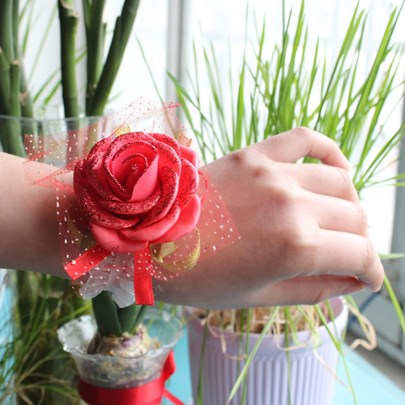 Red Cloth Flowers Wedding/Bridal Wrist Corsage