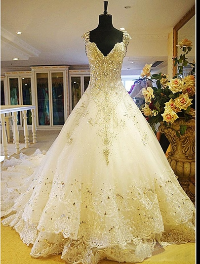 Luxurious Rhinestone Appliques Cathedral Train Wedding Dress Luxurious Rhinestone Appliques Cathedral Train Wedding Dress