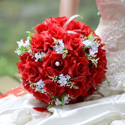 Best Cloths Red Flowers Wedding Bouquet