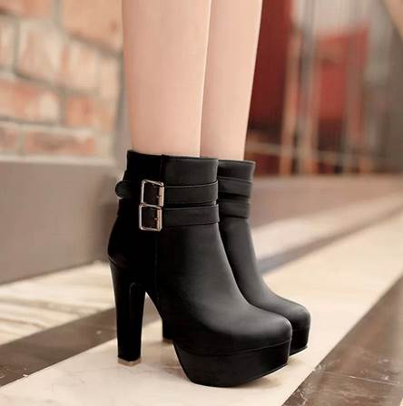 Round Toe Chunky Heel Side Zipper Boots