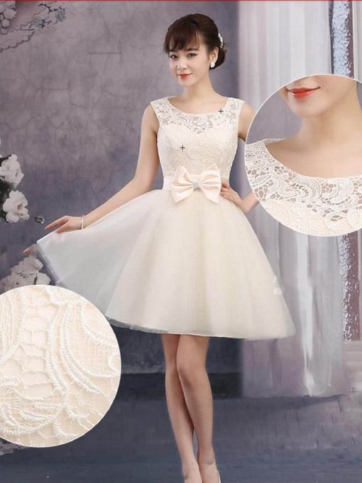 A-line Round Neck Lace Short Homecoming Dress