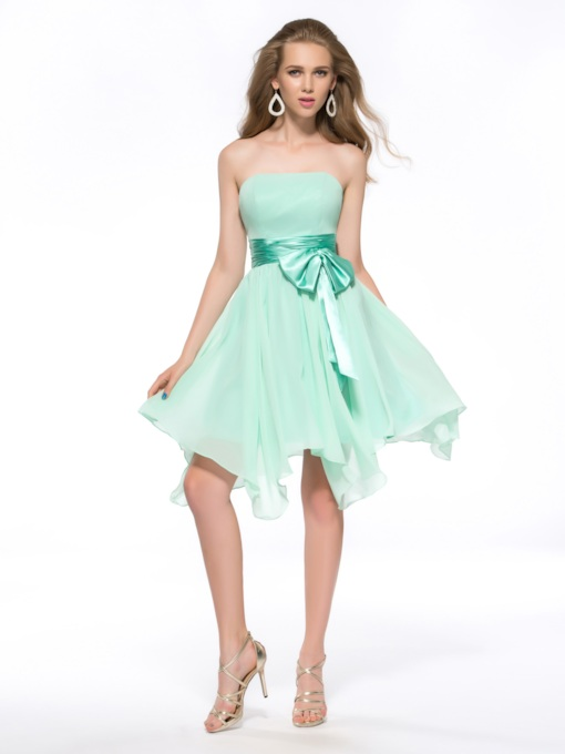 Sashes Bowknot Knee-Length Strapless Zipper-Up Chiffon Homecoming Dress