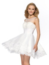A-Line Tulle Neckline Beading Appliques Short Homecoming Dress