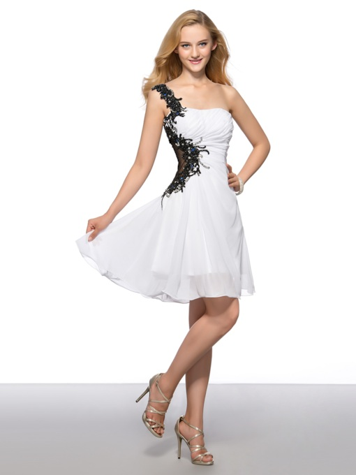 A-line One-shoulder Appliques Short Homecoming Dress