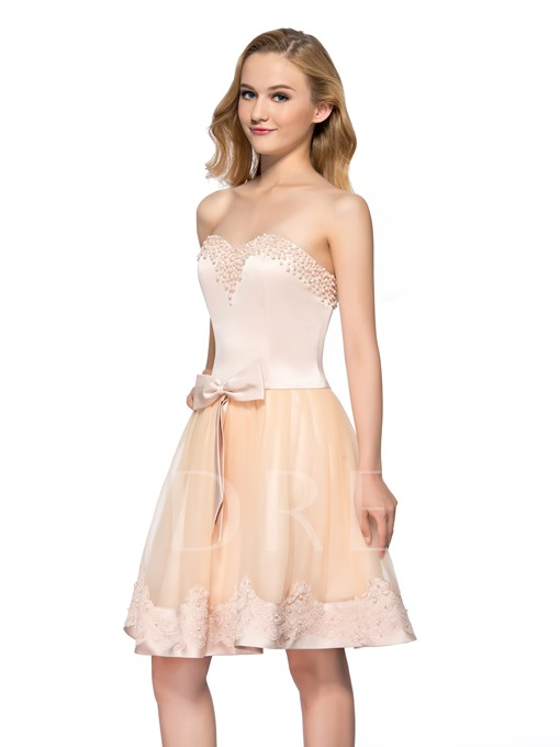 A-Line Sweetheart Pearls Appliques Homecoming Dress
