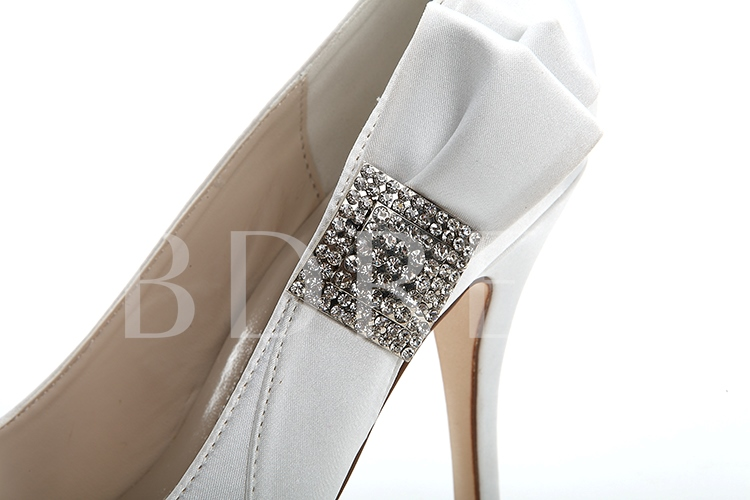 Pure Pointed Toe Wedding Shoes