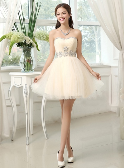 A-Line Sweetheart Beading Mini Zipper-Up Homecoming Dress