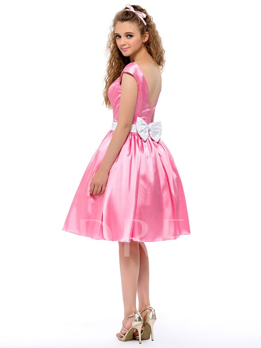 A-line V-neck Knee-length Homecoming Dress