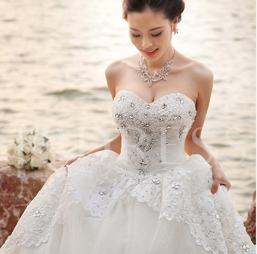 Ball Gown Sweetheart Beading Appliques Wedding Dress
