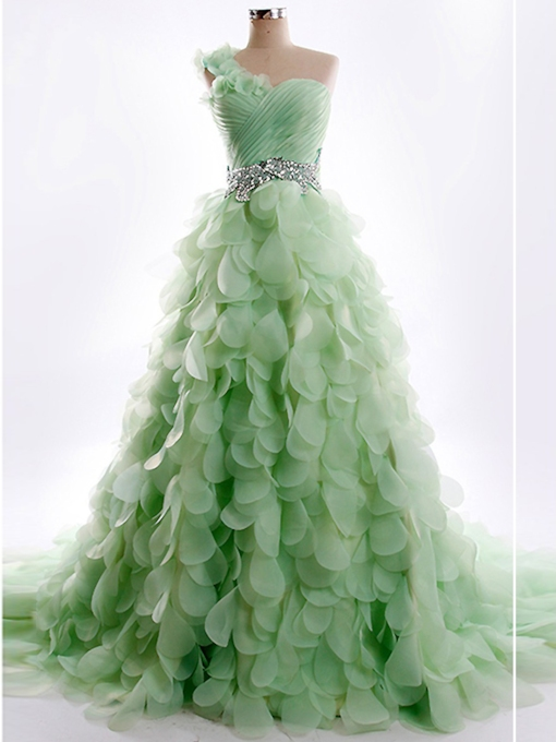 One-Shoulder Petal Rhinestone Quinceanera Dresses