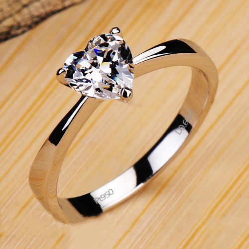 Heart-shaped Pt950 Engagement/Wedding Ring