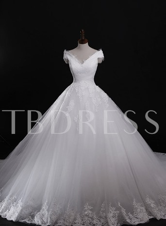 Ball Gown V-Neck Lace Chapel Wedding Dress
