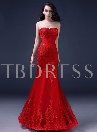 Trumpet Sweetheart Applique Beaded Lace-Up Wedding Dress