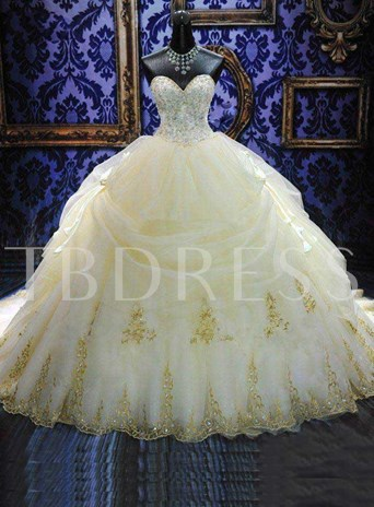 Deluxe Royal Cathedral Beaded Sweetheart Ball Gown Wedding Dress