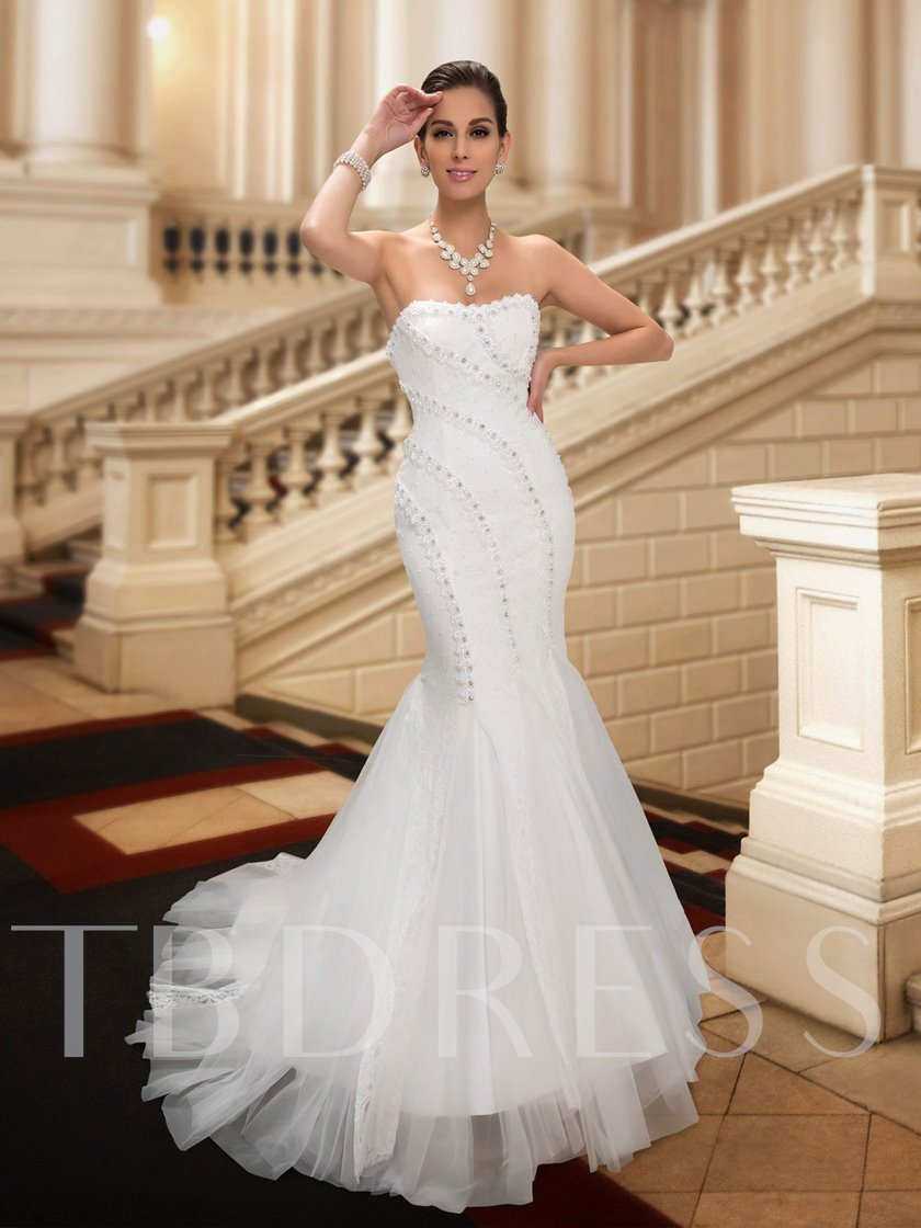 Sweetheart Court Train Lace Trumpet Wedding Dress