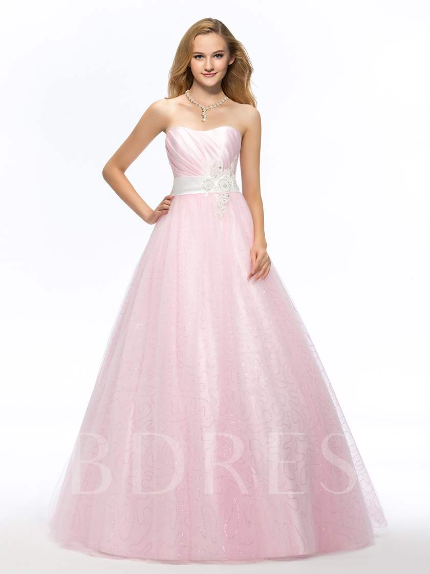 Sweetheart Beading Appliques Sashes Quinceanera Dress