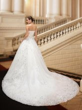 Beaded Sweetheart Chapel Train Wedding Dress