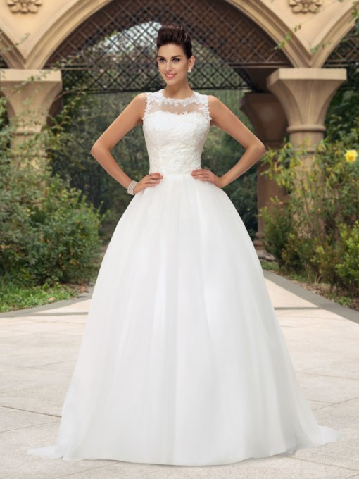 A-Line Jewel Neckline Appliques Zipper-up Long Wedding Dress