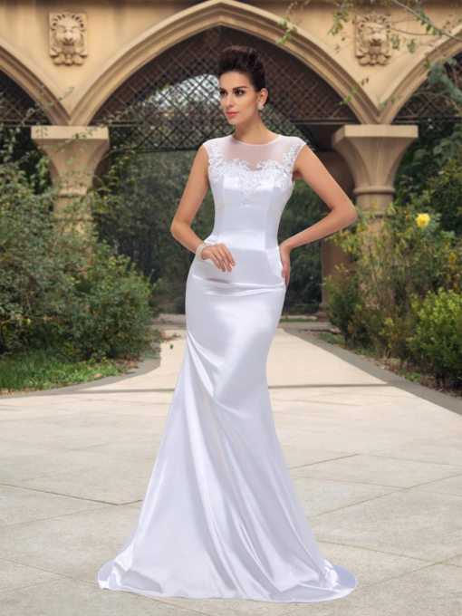 Mermaid Bateau Neck Appliques Court Train Wedding Dress