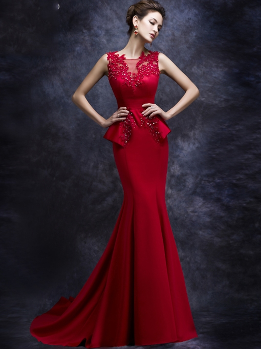 Mermaid Bateau Neck Appliques Court Train Evening Dress