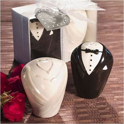 Adorable Wedding Favor Bride&Groom Suit Seasoning Pots