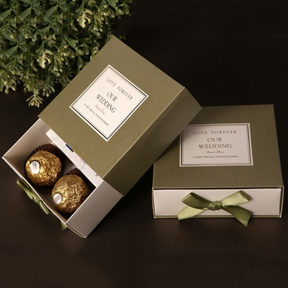 Cuboid Favor Boxes With Bow