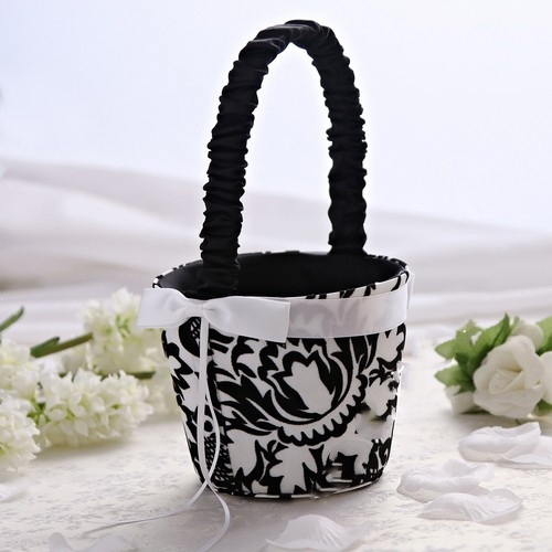Flower Basket in Satin With Embroidery