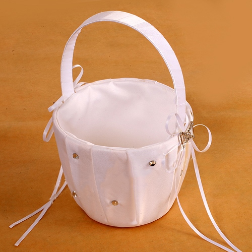 Flower Basket in Satin With Beading
