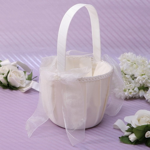 Flower Basket in Satin With Bowknot