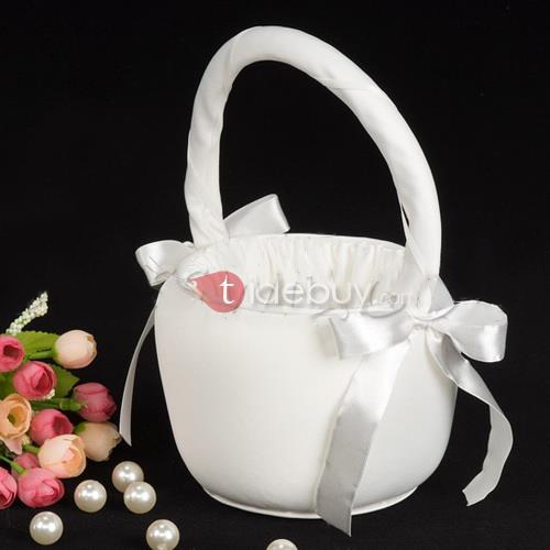 Flower Basket in Satin With Ribbons