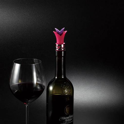 Personalize Lily Bottle Stoppers