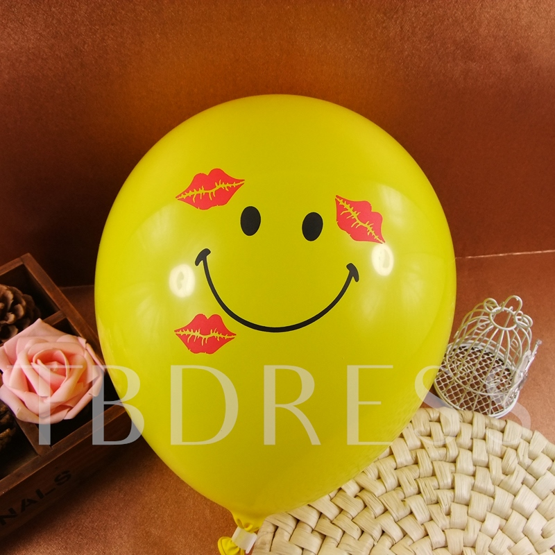 Red Lip Smiling Face Balloon