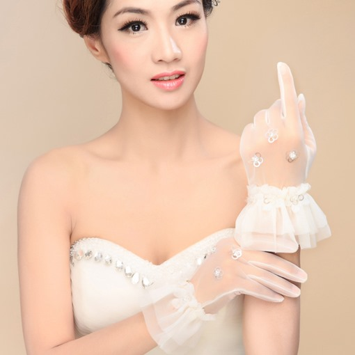 Ruffles Appliques Short Ivory Wedding Gloves
