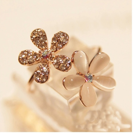 Flower Rhinestone Women's Ring