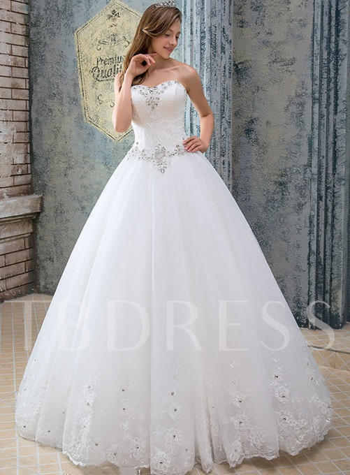 Appliques Strapless Beading Lace-Up Wedding Dress