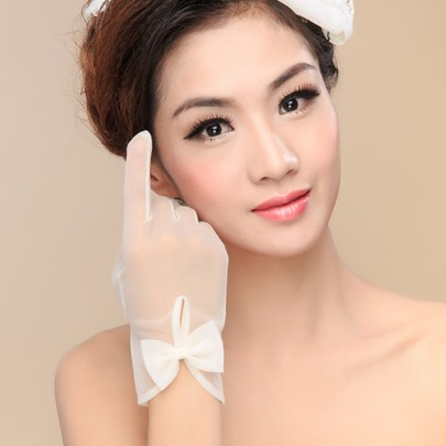 Bowknot Ivory Organza Wedding Gloves