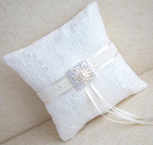 Customized Lace With Drill Manual Ring Pillow