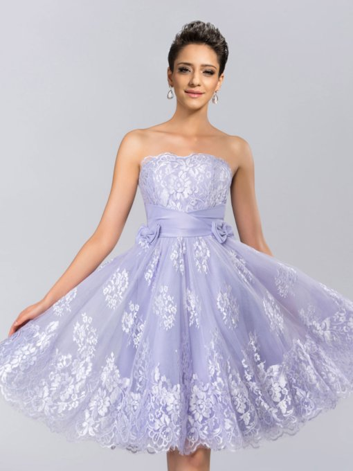 Strapless Bowknot Lace Knee-Length Homecoming Dress