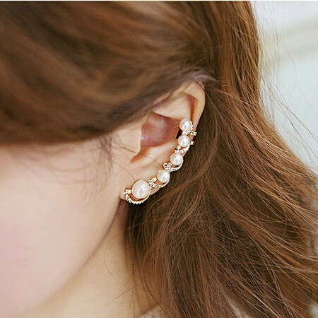 Pearl Rhinestone Decorated Women's Earring
