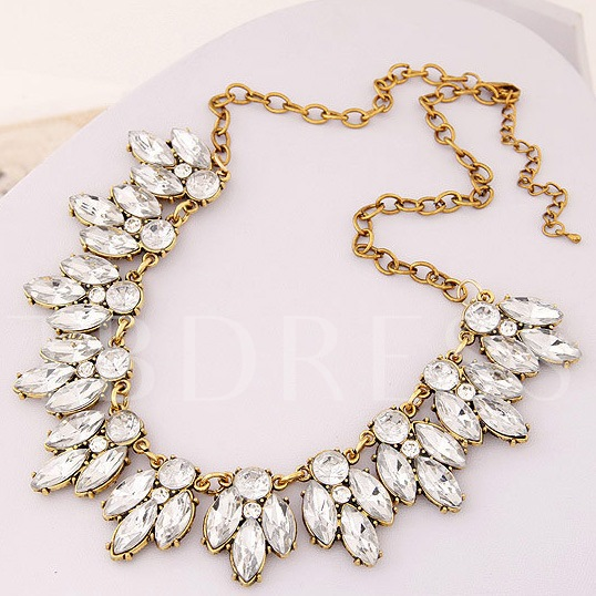 Silver Flower-Shaped Rhinestone Necklace