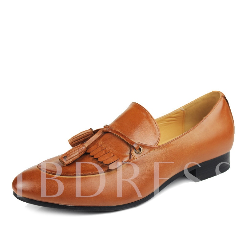 Tassels Decorated Closed-Toe Solid Color Men's Loafers