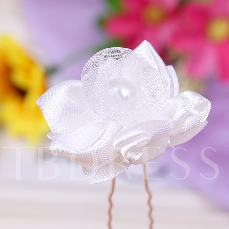 White Flower-Shaped Bridal Hairpin for Each
