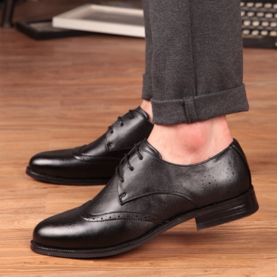 Solid Color Flat Heel Men's Brogue Shoes