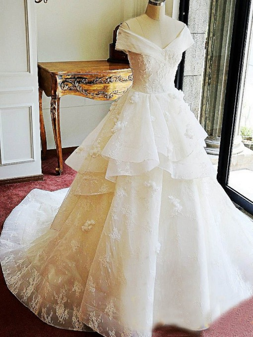 Appliques Floor-Length Cathedral Ball Gown Garden Outdoor Wedding Dress 2021