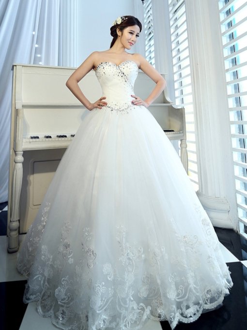 Floor-Length Sweetheart Appliques Ball Gown Church Wedding Dress 2021