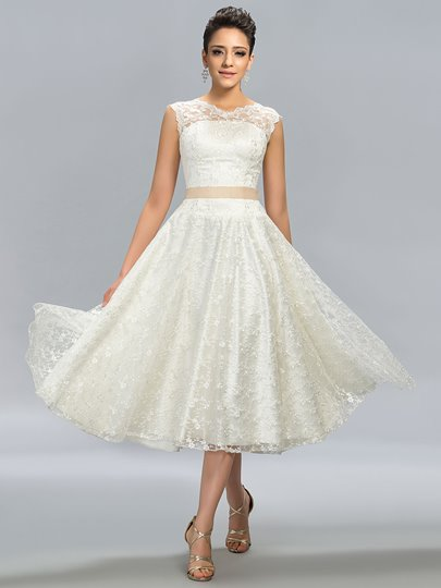 A-Line Jewel Neck Lace Tea-Length Junior Prom Dress