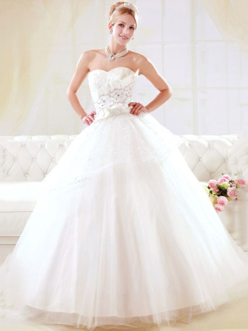 Appliques Floor-Length A-Line Sleeveless Garden Outdoor Wedding Dress 2021