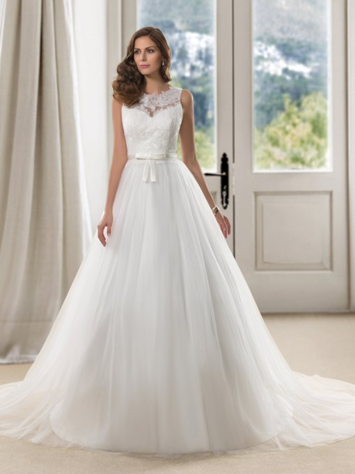 Straps Button Lace Court Train Princess Wedding Dress