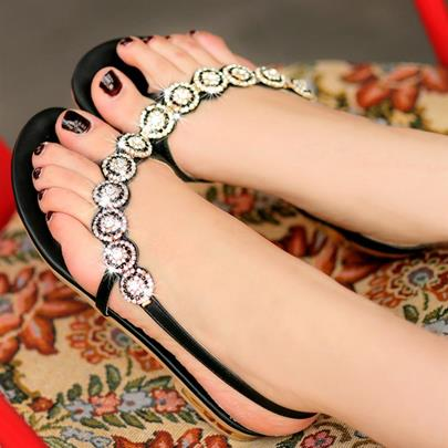 Rhinestone Thong Women's Flat Sandals